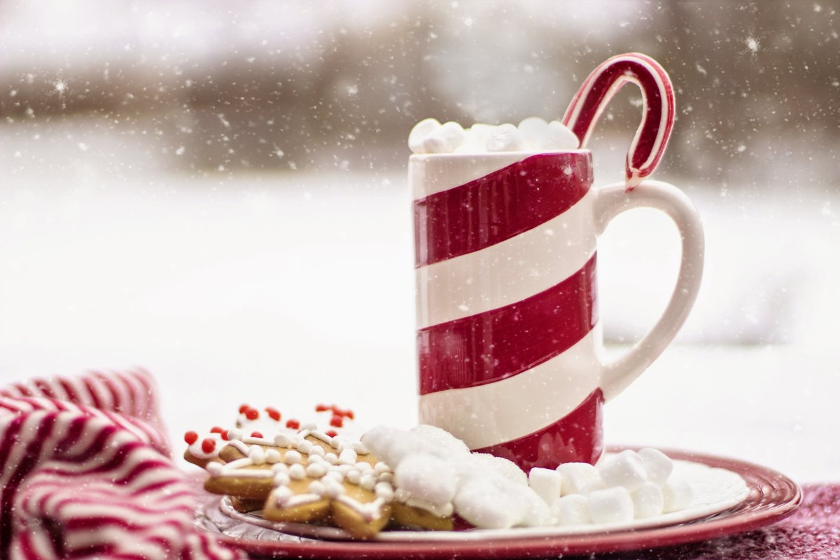 Hot Beverage in Christmas Wallpaper