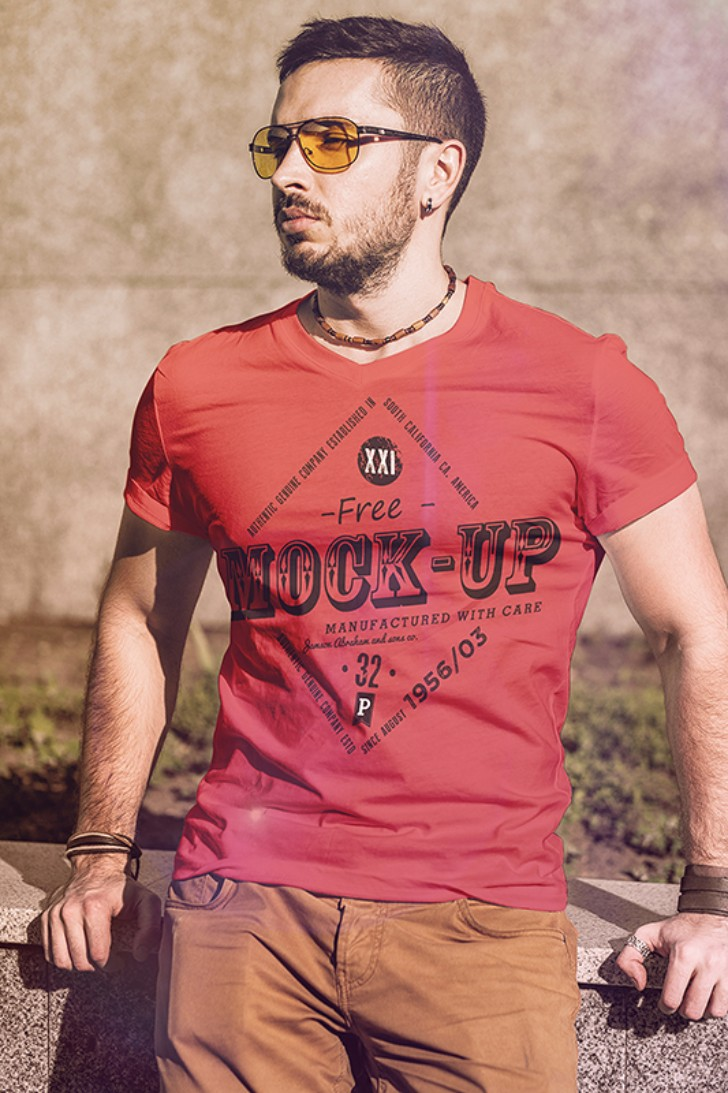 Free TShirt Fashion MockUp