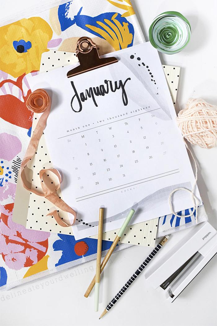 2018-hand-lettered-calendar