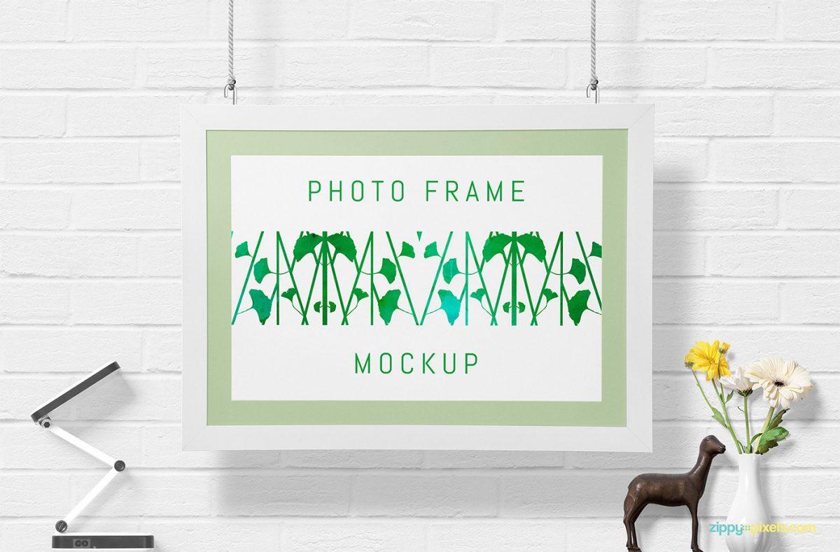Free Gorgeous Wall Frame Mockup